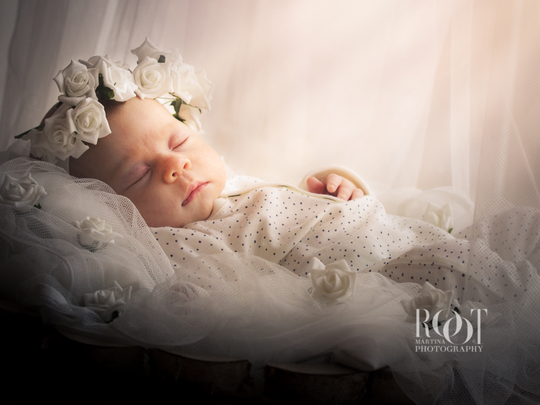 newborn_miminko-foceni-praha-martina-root-prague